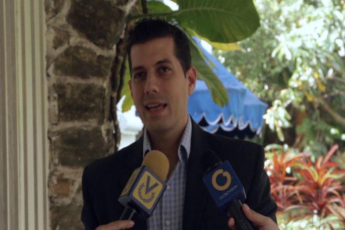 """Eric Ondarroa a Aristóbulo Istúriz: """"Despreciar a los maestros es condenar a nuestros niños a la pobreza"""""""