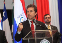 "Paraguay defiende ""aislar completamente"" a Maduro"
