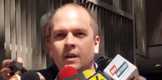 Diputado Medina sufre accidente de tránsito en la carretera Ciudad Bolívar-El Tigre