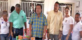 Alcalde Perozo entregó más de 2000 kits escolares