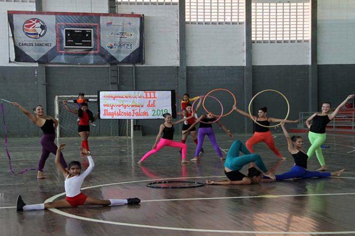 Con casi 2000 participantes inician III Juegos Deportivos del Magisterio Falcón 2019