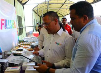 Ministro de Cultura y Gobernador de Falcón inauguraron Filven 2019