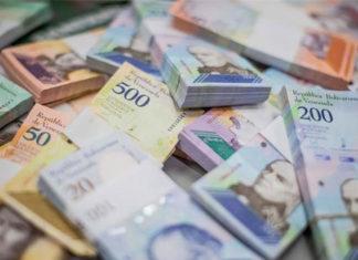 En un 5.400% el bolívar perdió su valor, según Guerra