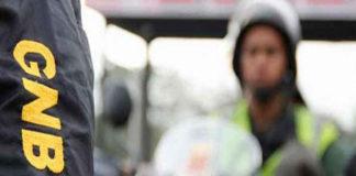 GNB detienen caravana de diputados a la altura del peaje en Tazón