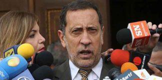 La hiperinflación se podrá controlar si se sigue el Plan País, afirma Guerra