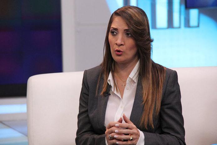 Georgette Topalián: 99,98% de Baruta tiene luz