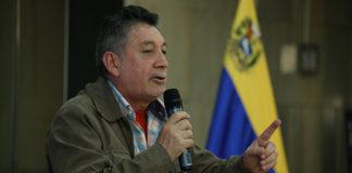 """Cruz Roja debe cumplir """"cánones internacionales"""", opina Corredor"""