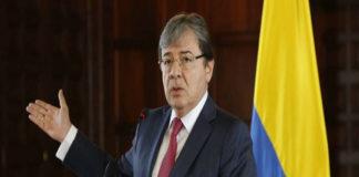 Colombia dice que incursión militar en apoyo a Maduro amenaza la paz de la región