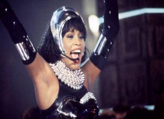 Whitney Houston podría dar una gira en forma de holograma