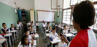 Evalúan retomar contenidos académicos el próximo año escolar