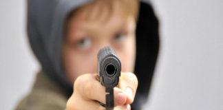 Adolescente celoso mató a su amigo por el amor de una joven