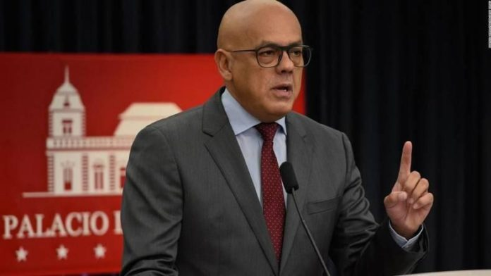 Gobierno Nacional ratifica denuncia contra Guaidó por corrupción en Colombia