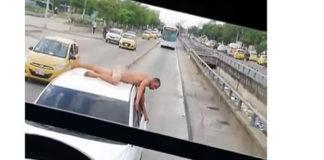 ¡Por infiel!, Pasea a su marido desnudo sobre un auto (+Video)
