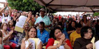 GMVV entregó títulos de propiedad a vecinos de Ciudad Federación
