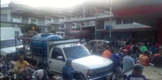 Murió de un infarto en plena cola para echar gasolina en Mérida