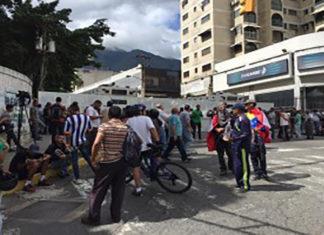 Culmina la marcha opositora sin llegar a la Dgcim
