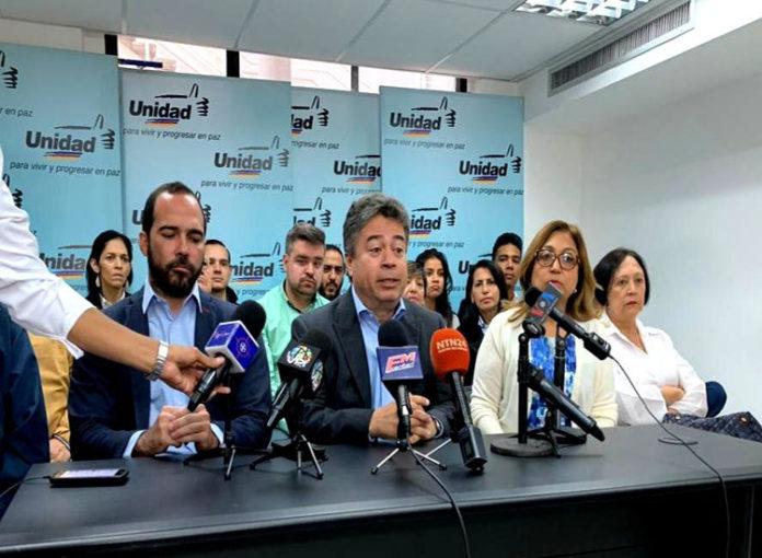 Padilla: Es una tortura las condiciones en que mantienen a Edgar Zambrano