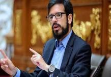 Pizarro sale de la clandestinidad y expone la sistemática violación de los DDHH en la ONU