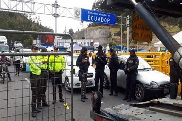 Frontera Ecuador-Colombia  En plena protesta de venezolanos murió un ecuatoriano de un infarto
