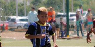 De un disparo en el pecho matan a futbolista de 10 años en un intento de robo