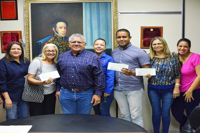 Nuevos microcréditos otorgó alcalde Goitía