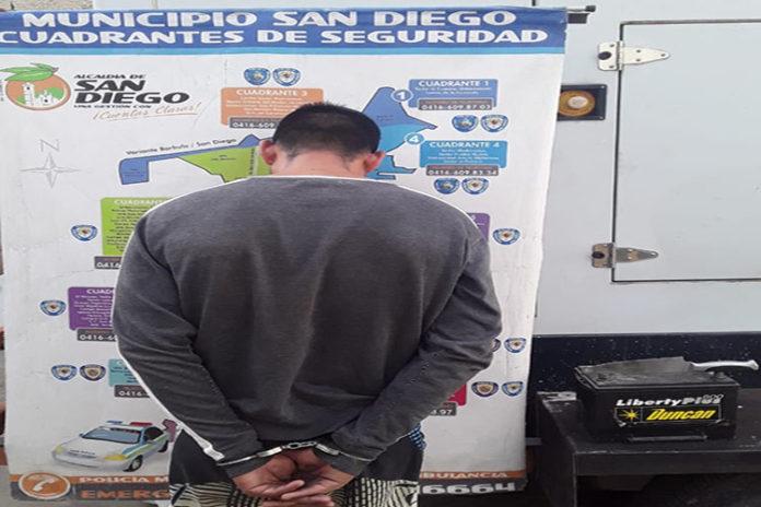 PM de San Diego detuvo a hombre por robar a una mujer