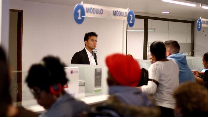 ¡Atención venezolanos! Chile cambia los requisitos para solicitar la Visa Democrática