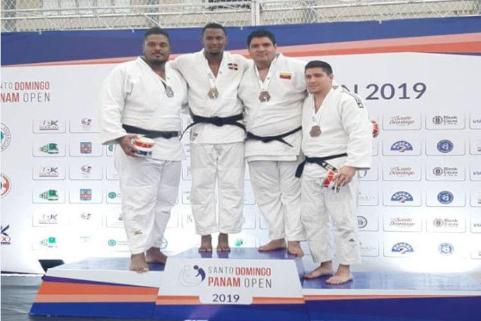Paraguanero Pedro Pineda se colgó oro en los 100kg del Open Panamericano en Dominicana