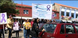 Mujeres de Coro levantaron sus pancartas para exigir un alto a la violencia