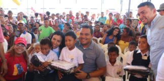 De la mano del gobernador Víctor Clark y todo su equipo, la jornada social integral Juntos Lo Hacemos se cumplió en el municipio Acosta,