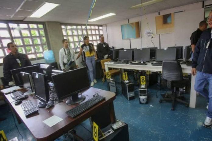 Desmantelan dos laboratorios de material pronográfica