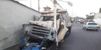Motorizado pierde la vida tras impacto con camión sin frenos en Trujillo
