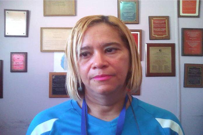 Enfermeras piden salario de $ 400 el mínimo