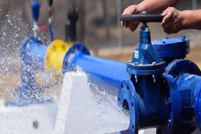 Hidrofalcón evalúa un ajuste en esquema de suministro de agua en Coro