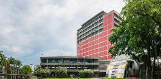 Maduro aprobó recursos para la Ciudad Universitaria en Caracas