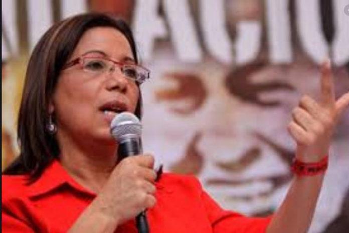 Díaz: Guaidó viola reglamento de debates al silenciar diputados del Psuv