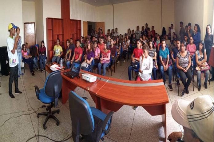 UBV Falcón recibe más de 150 aspirantes para el PIU 2019-2
