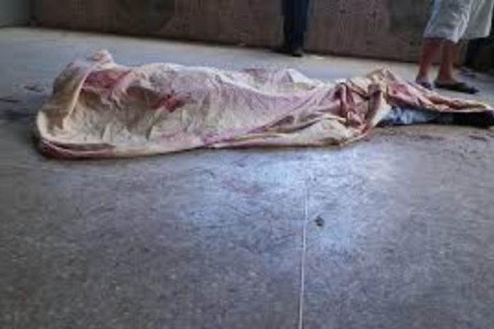 A tubazos matan a un vigilante del mercado de Los Corotos