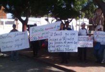 Educadores de Acosta se pararon en defensa de sus derechos