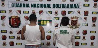 GNB detiene a dos hombres por microtráfico en Punto Fijo