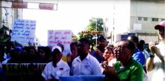 Avance| Docentes concentrados en la plaza Linares de Coro (+Video)