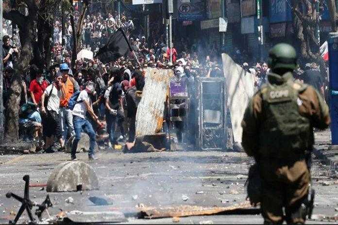 15 muertos y 2.643 detenidos se registran durante protestas en Chile