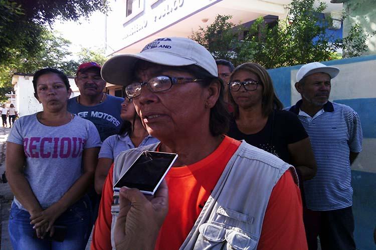 Veleños denuncian decomiso ilegal de enseres y comida enviados desde Curazao
