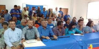 Más de 150 dirigentes políticos, sindicalistas y profesionales de Lara se unieron a UNT