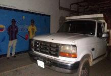 PNB detiene a dos hombres por contrabando de 220 litros de gasolina en Iribarren
