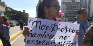 """""""Plantón Nacional"""" los docentes vuelven a protestar en el Ministerio de Educación"""