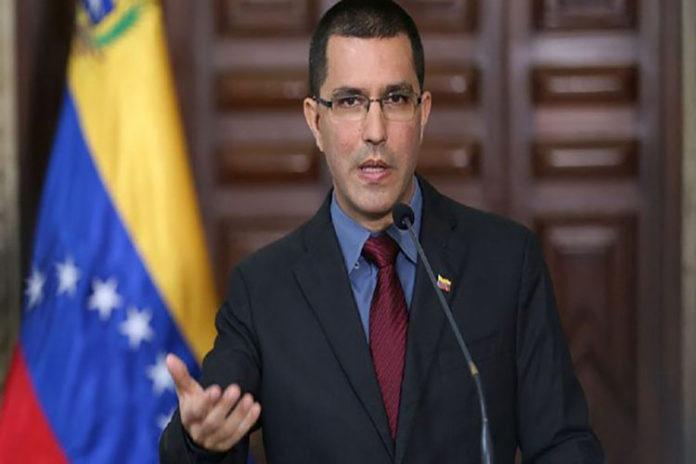 Arreaza repudió informaciones «falsas» de Venezuela en medios europeos