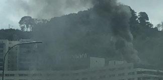 Reportan incendio en terraza del Hotel Tamanaco (+Video y Fotos)