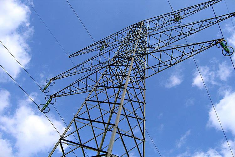 Reportan falla en el servicio eléctrico en varios estados del país