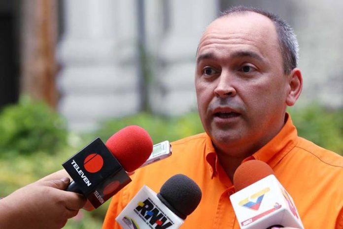 Francisco Torrealba: CNE sería designado por omisión legislativa
